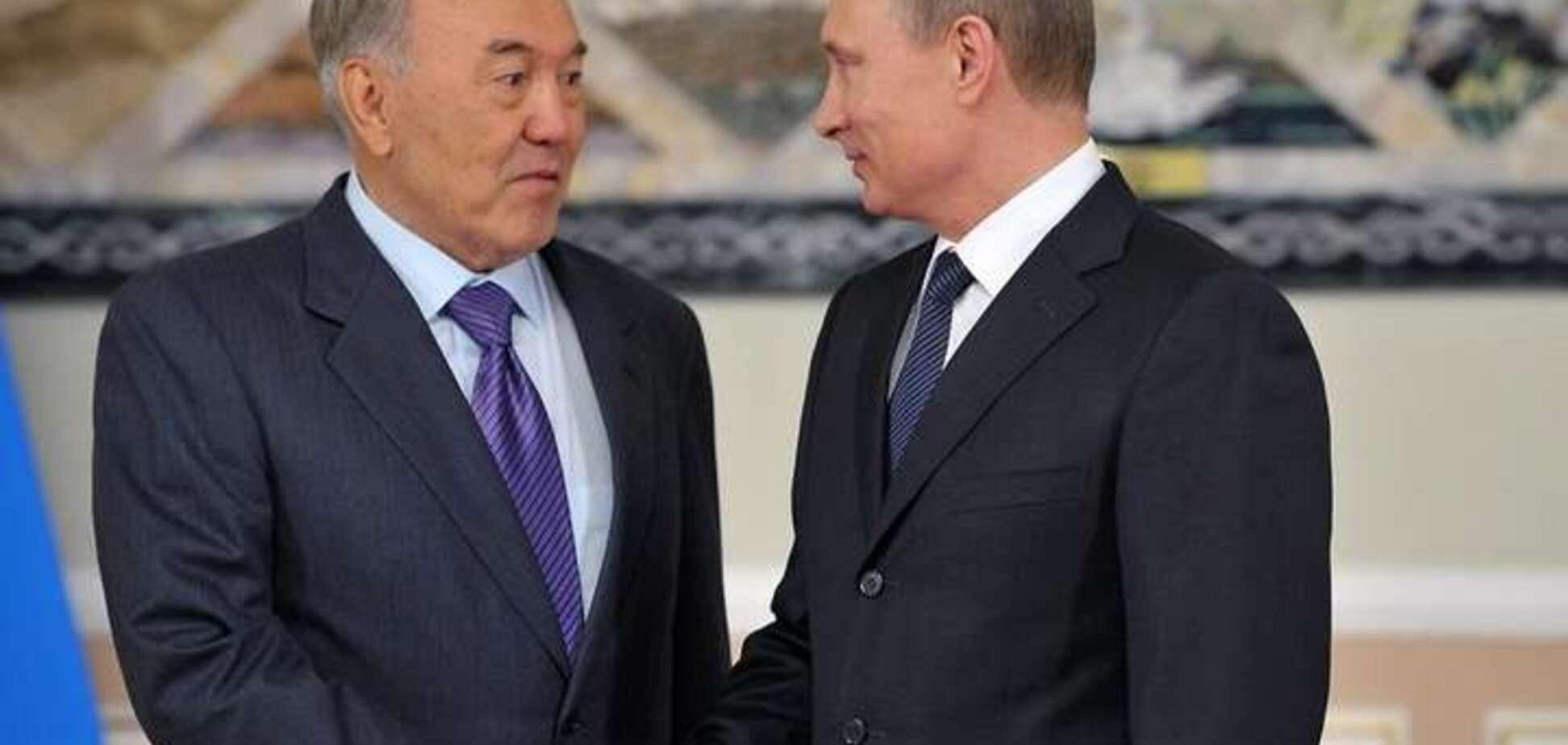 Ніж Назарбаєва у спину Путіна