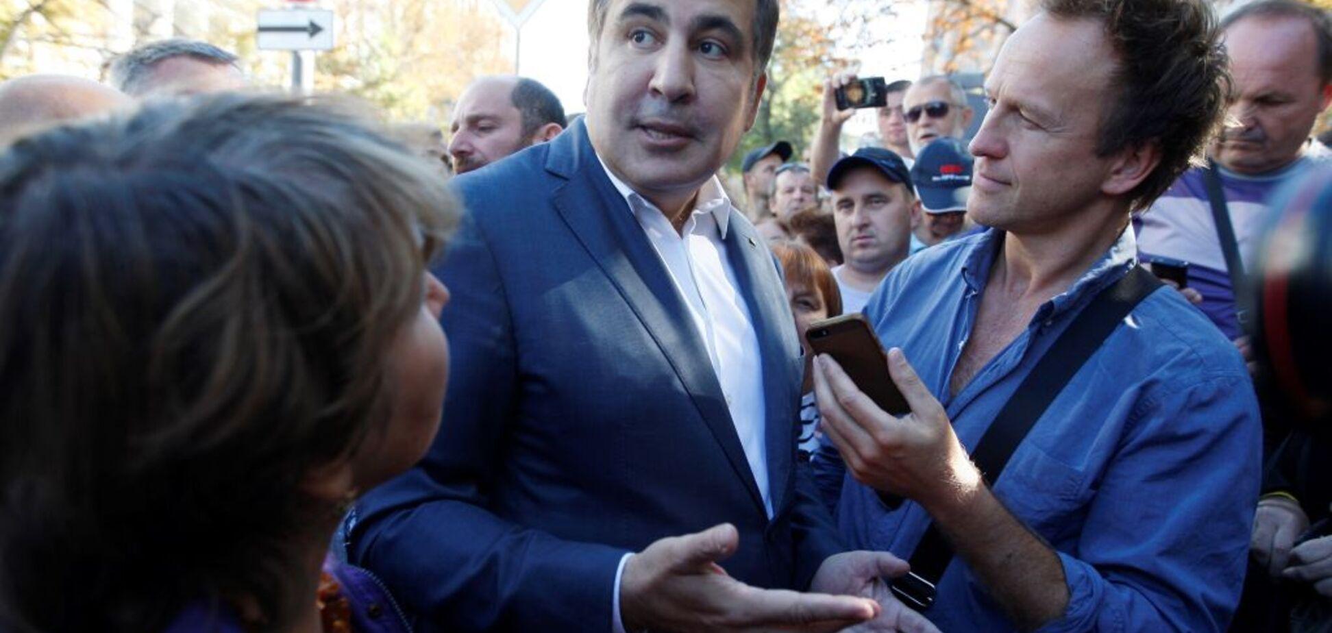 Протокол вручен: Луценко пояснил, что грозит Саакашвили за его 'прорыв'