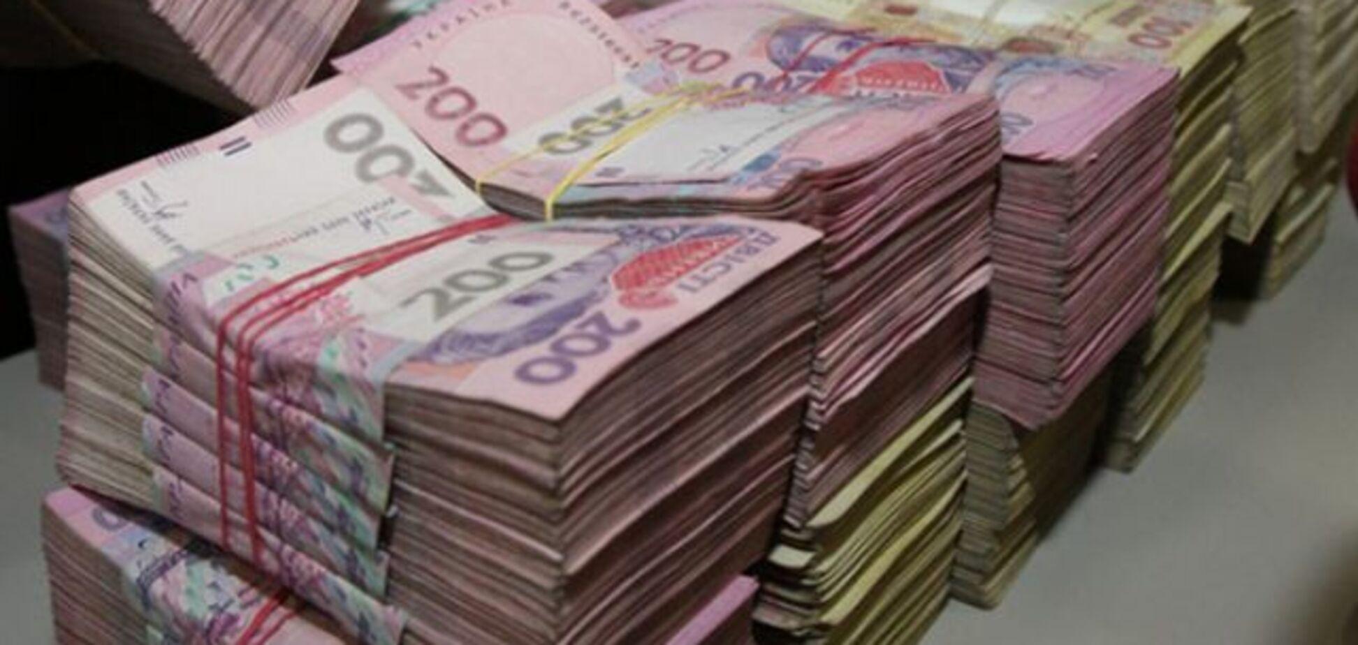 Подарунок у мільйон: рядовий співробітник антикорупційного агентства здивував декларацією