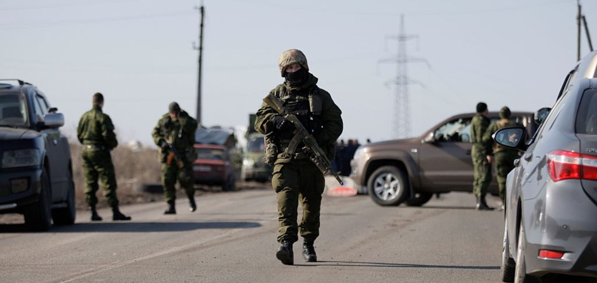 За 15 хвилин від ударної позиції: опубліковані фото озброєння терористів 'ЛНР'