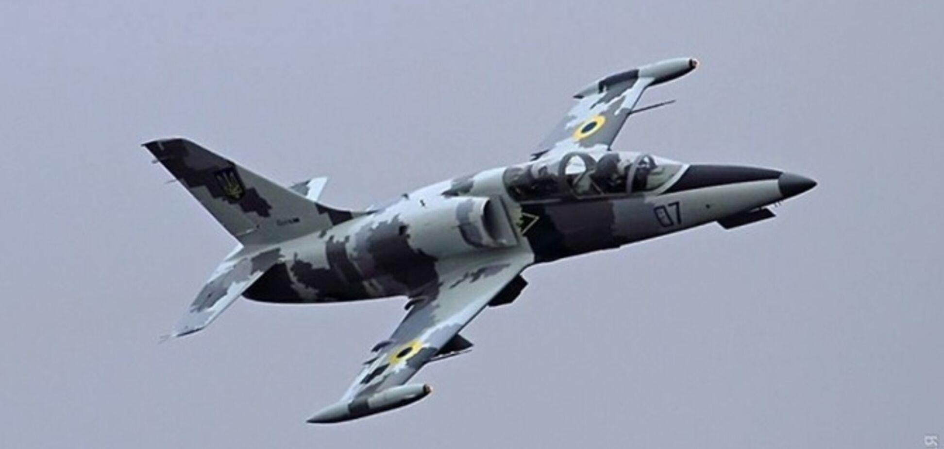 'Тянулся дым': очевидцы рассказали подробности крушения с военным самолетом