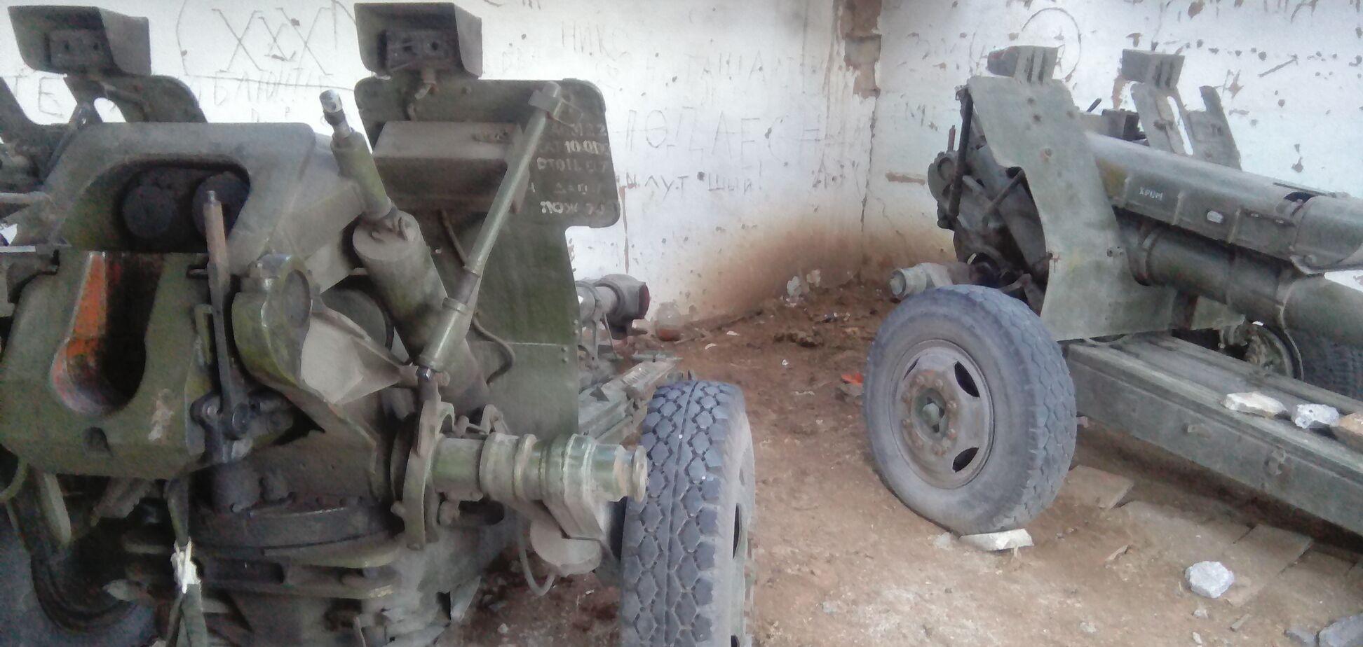 'Купили за водку и тушенку': волонтеры рассказали, где террористы 'ДНР' брали военную технику
