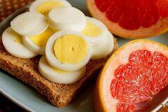 Екстремальна дієта 'Маггі': дієтолог розповіла, як зробити її кориснішою і схуднути