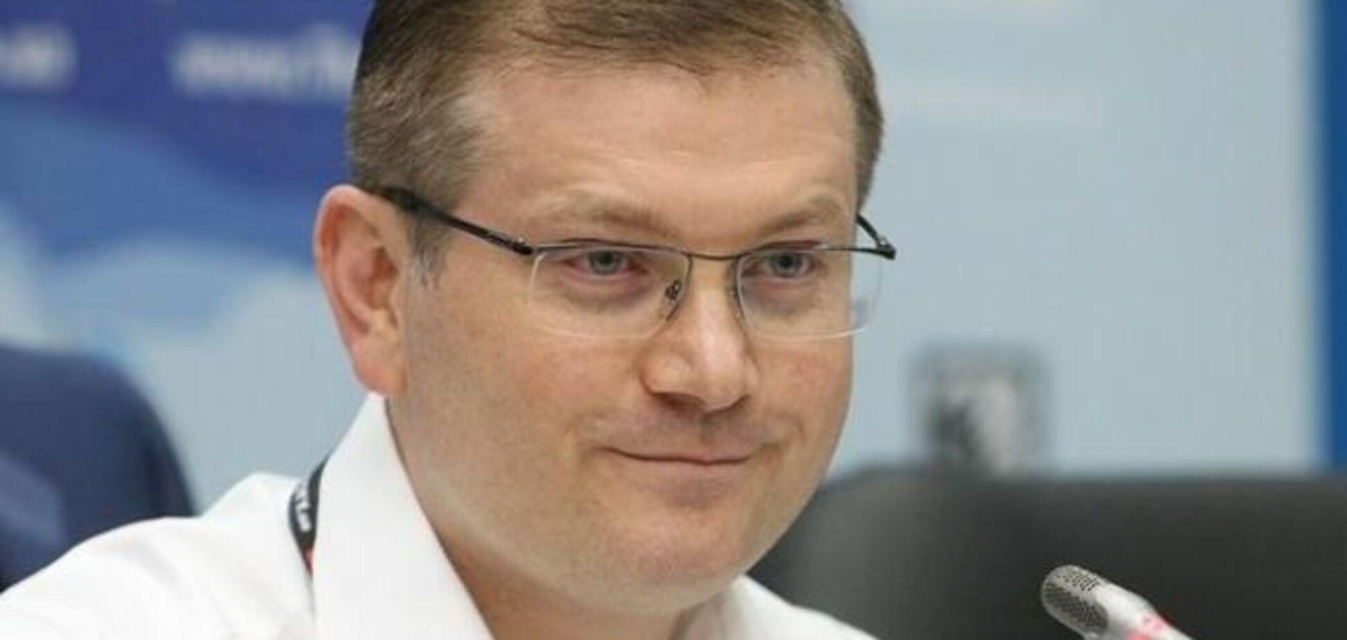 Вилкул прячет у соратника незадекларированный вертолет – депутат
