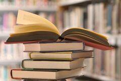 'Пока идет война, конкуренции нет': Капранов высказался об акцизах на книги из РФ