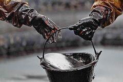 На НПЗ Коломойского испортили 380 тыс. тонн государственной нефти