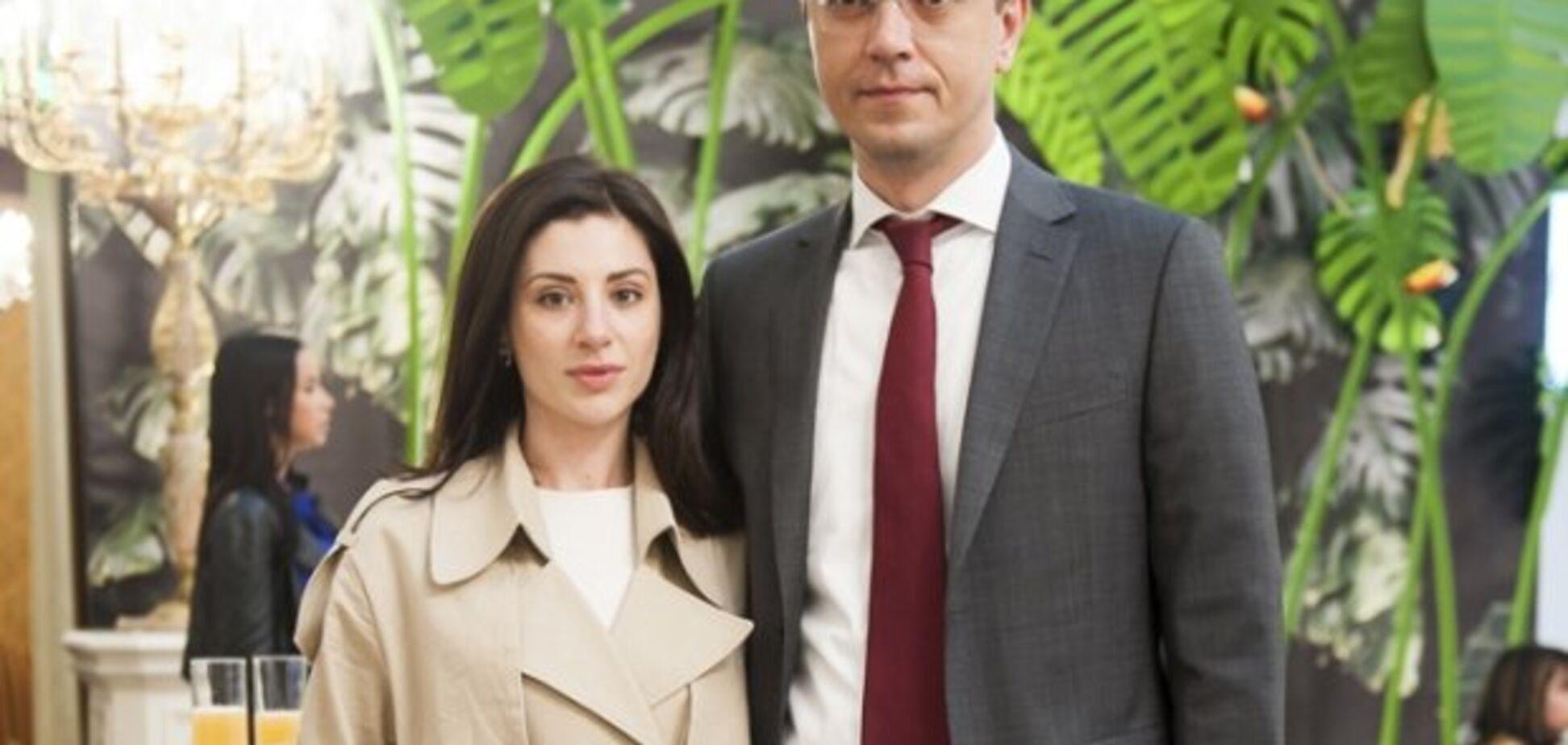 Жена министра? Украинка заказала Maybach Coupe почти за 3 млн евро