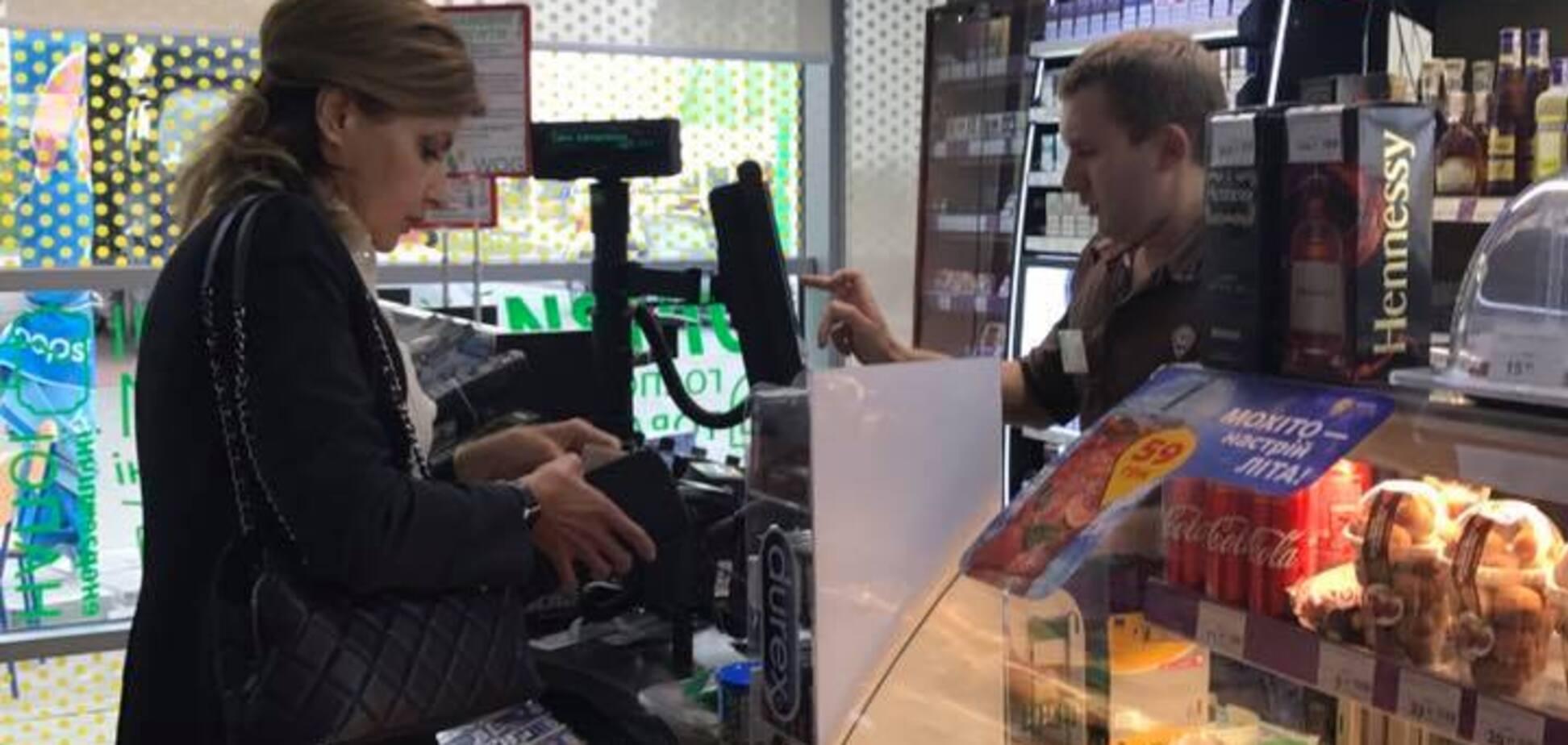 Жена Порошенко на заправке: появились детали о нашумевшем фото