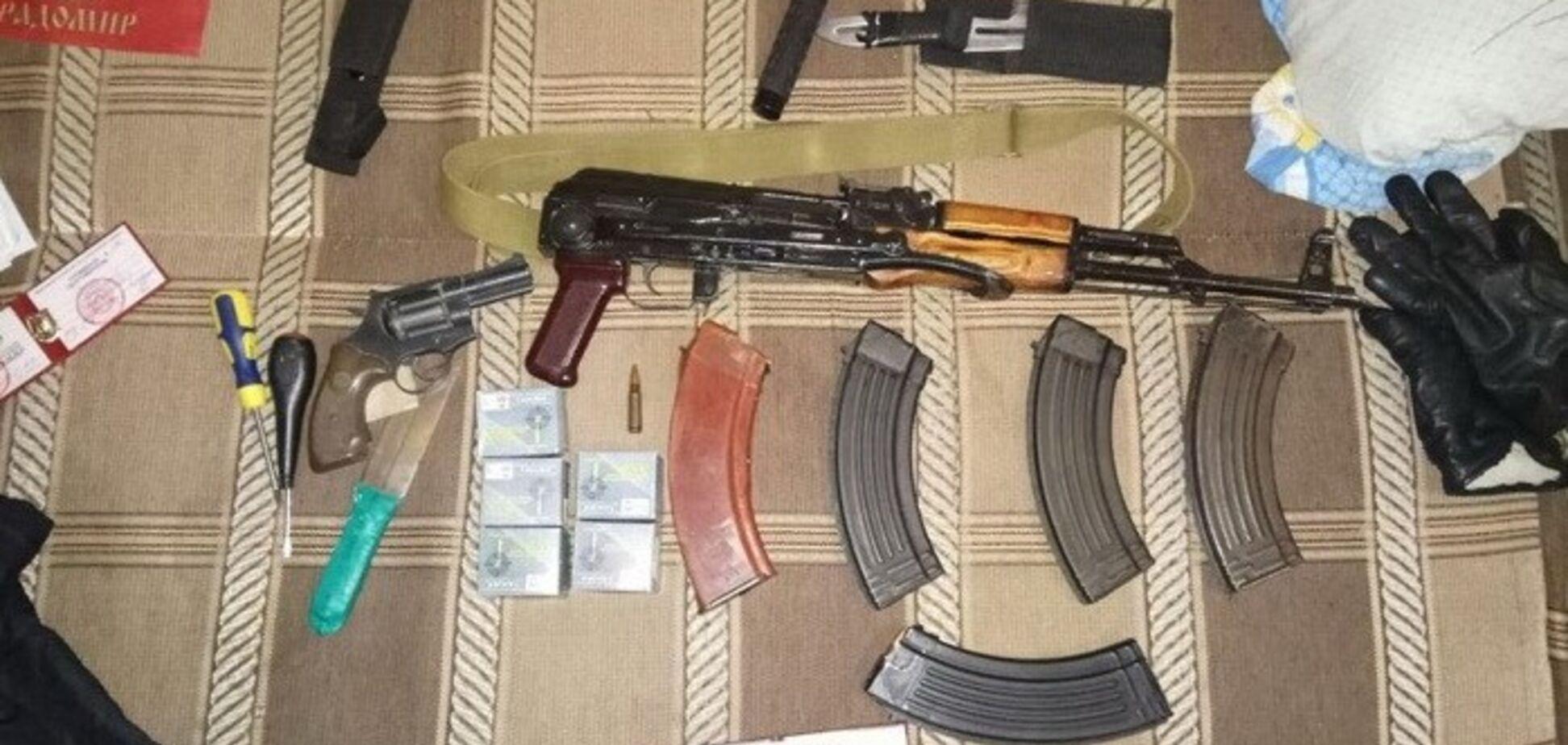 Оружие и символика России: СБУ нагрянула с обысками в 'боевое крыло' УПЦ МП