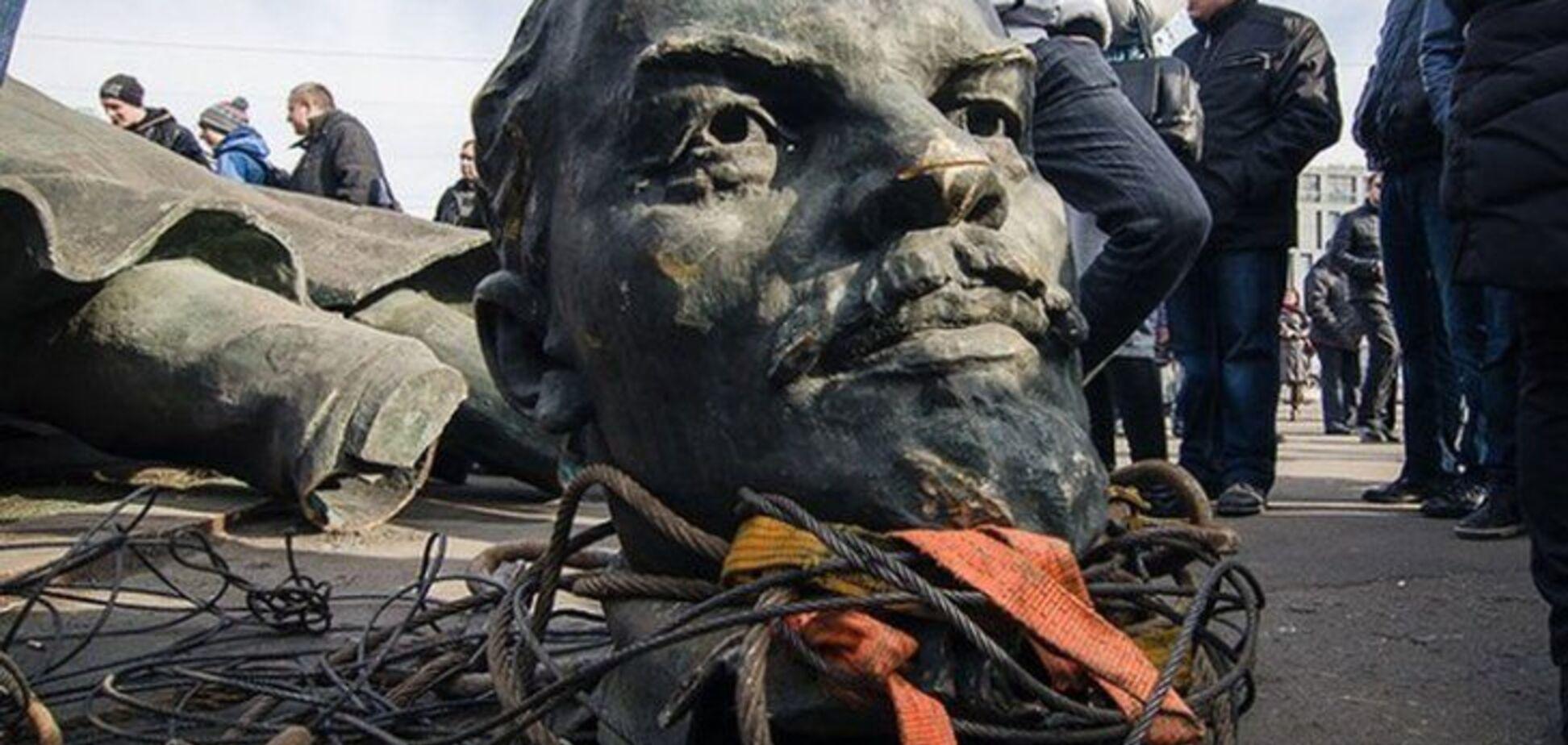 Чудотворні мощі Леніна: священик пояснив, який 'святий' лежить в мавзолеї