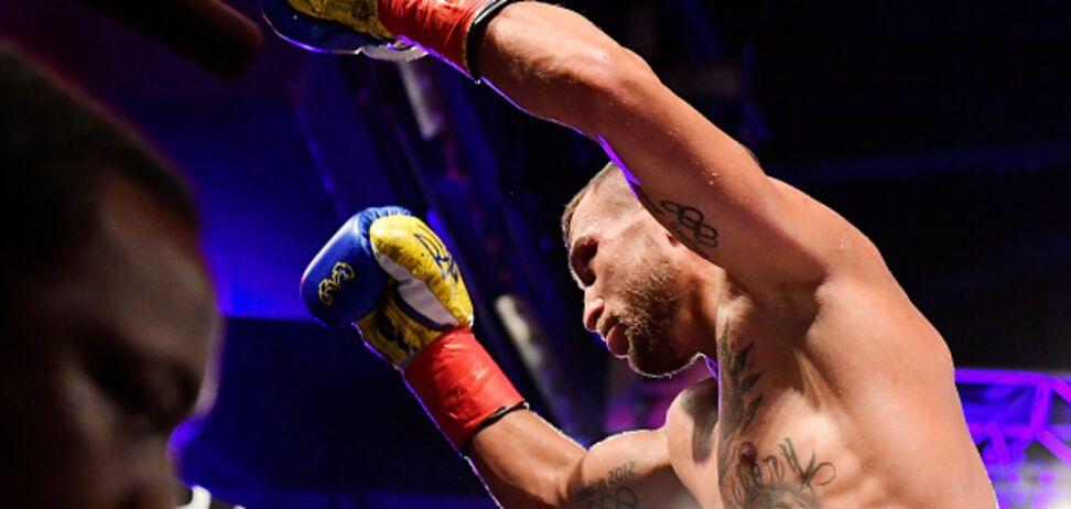 'Уберите его!' Легенда бокса отметился дерзким выпадом в адрес Ломаченко