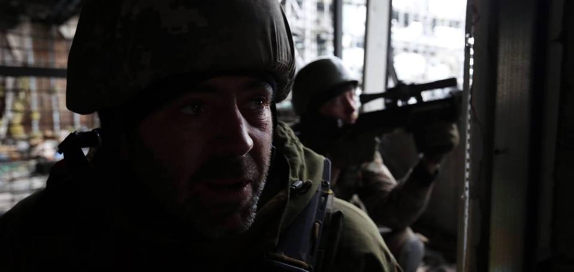 Здалися бетон і залізо Донецького аеропорту, але не кіборги