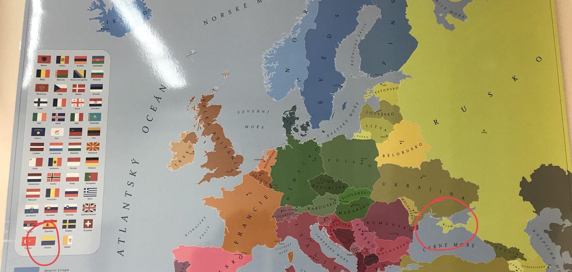 Карта с российсским Крымом