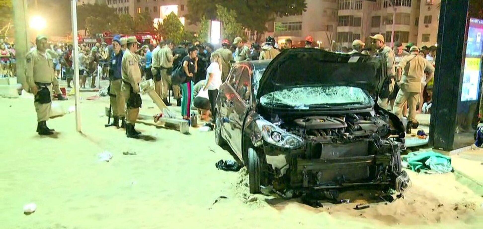 У Ріо-де-Жанейро автомобіль протаранив натовп
