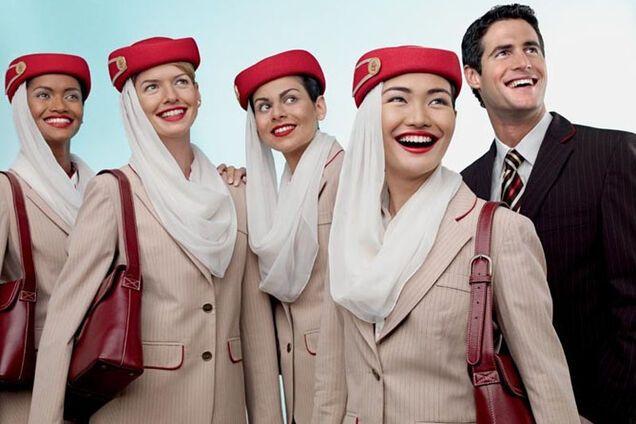 Дух захватывает: в сети показали самых горячих стюардесс мира