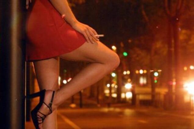 """""""Это будет честно"""": в России хотят узаконить проституцию"""
