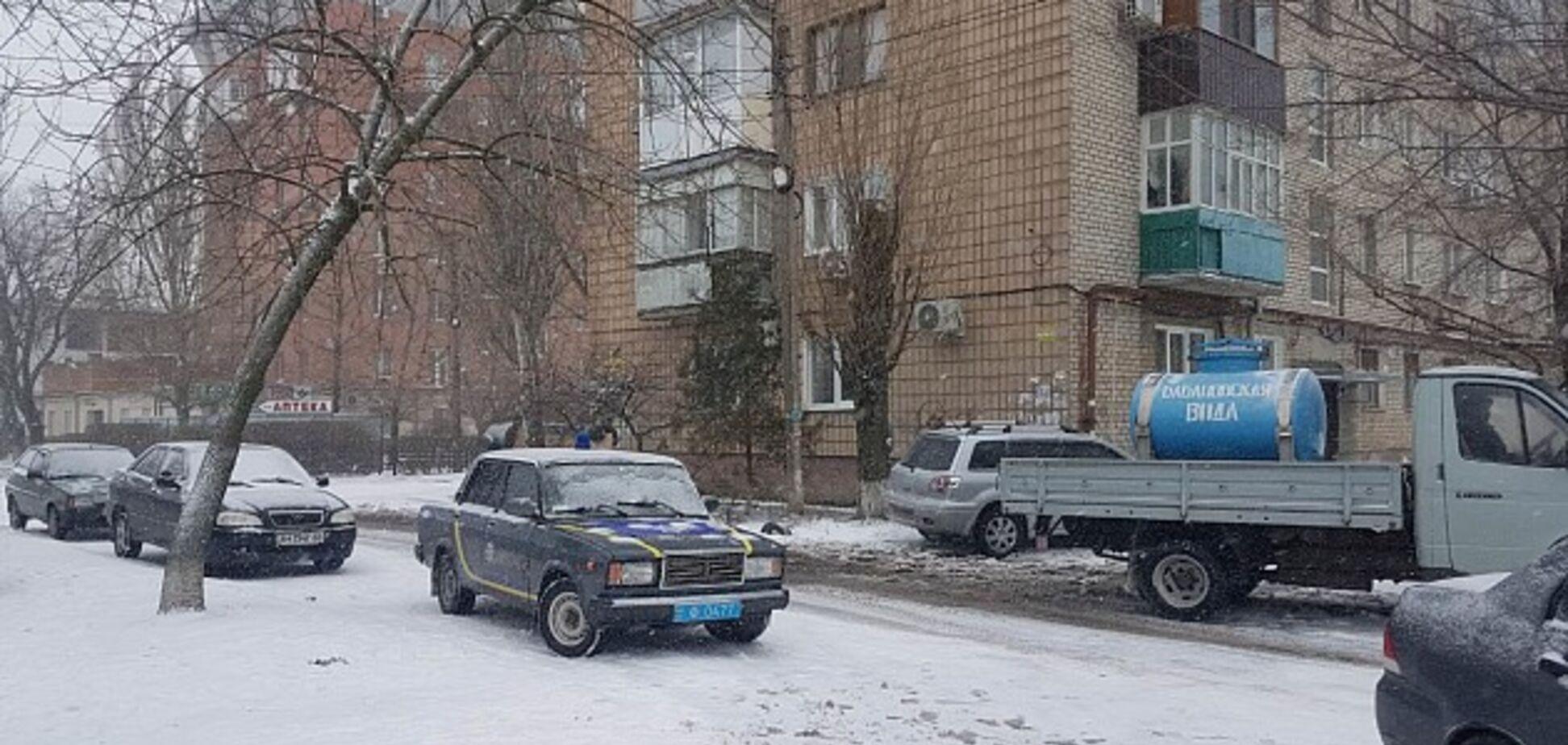 Тяжелые ранения: в Бердянске преступник подорвал гранатой троих полицейских
