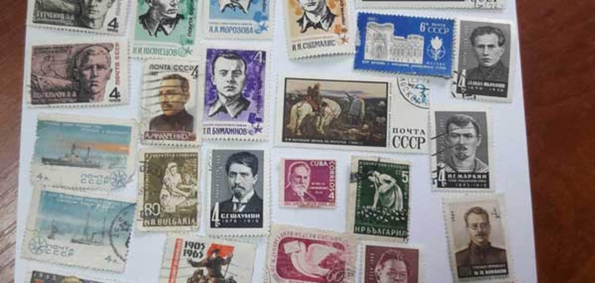 В аэропорту Запорожья задержали россиянина за попытку контрабанды раритетных марок