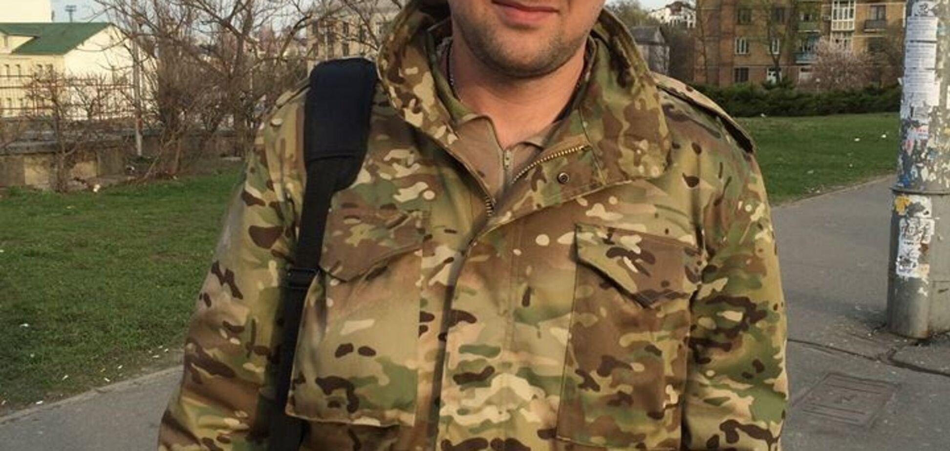 'Навіщо ганьбите шеврони?' Екс-боєць АТО розповів, як в Україні заробляють на Героях