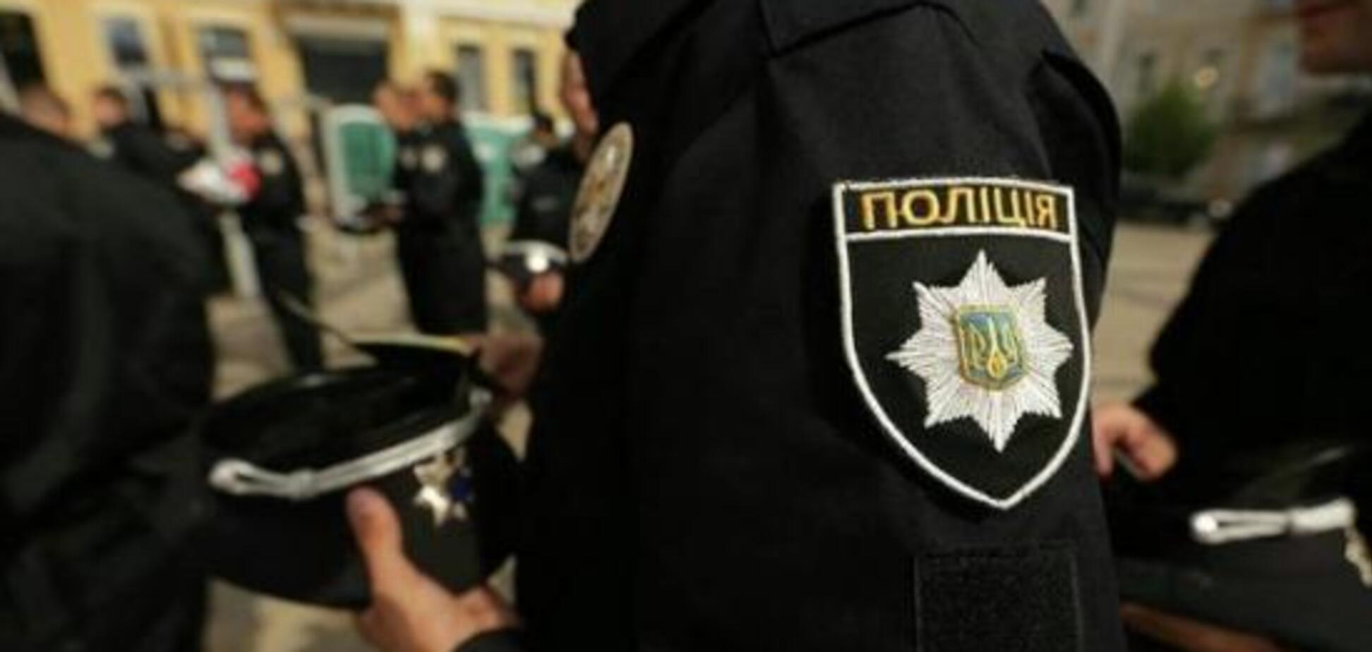 Подкинул белорусу боеприпасы? В Киеве вынесли жесткое решение по полицейскому