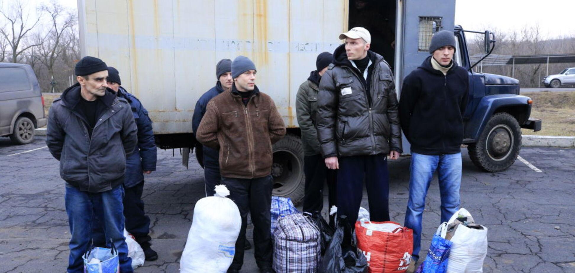 'Сидят в Донецке четвертый год': стало известно о 'важных' пленных на Донбассе