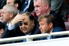 Нафта, газ, футбол: що можуть втратити російські олігархи через 'кремлівську доповідь'