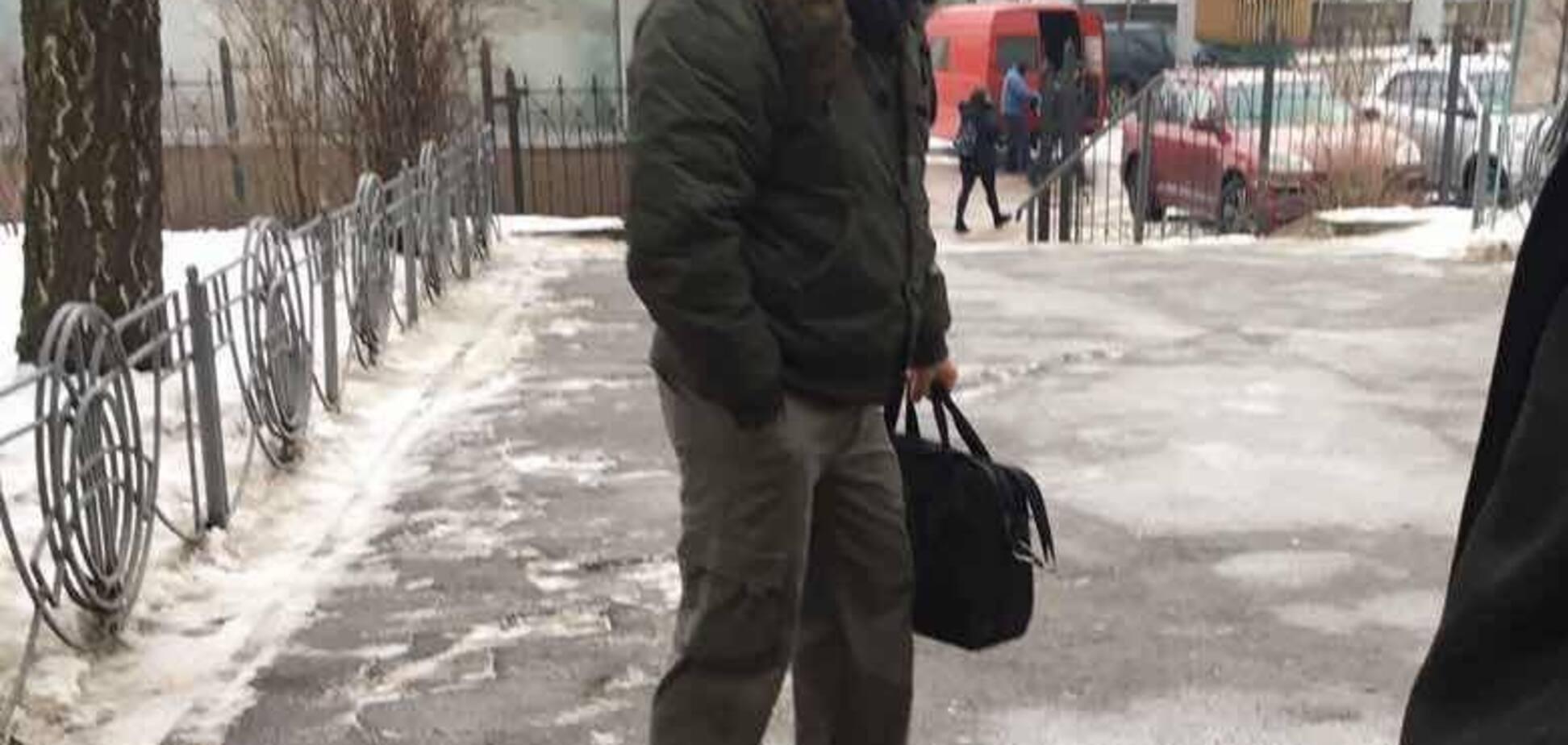 Показывал гениталии детям: в Киеве у школы застукали извращенца