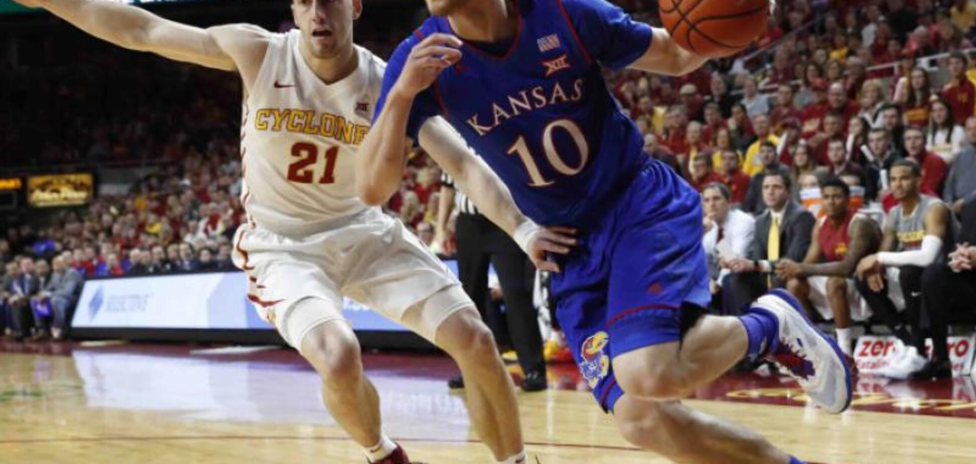 20-річний український баскетболіст зробив неймовірний фурор в США: яскраве відео