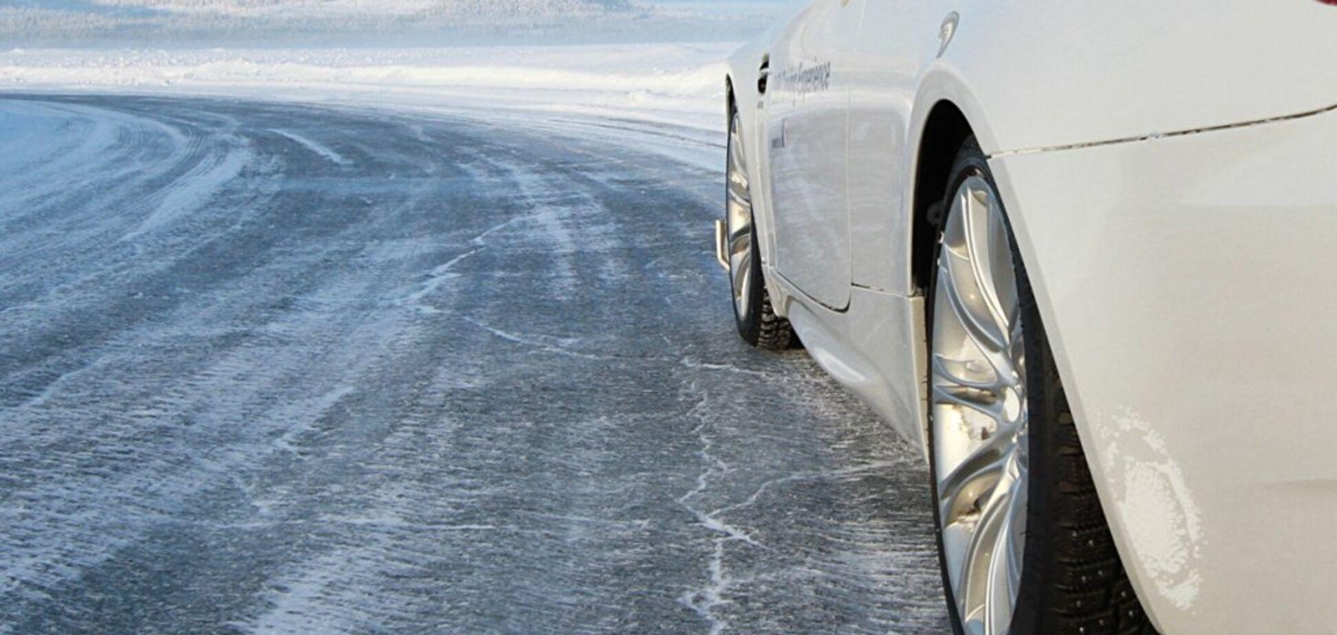 Осторожно, гололед: топ-5 правил езды на скользкой дороге