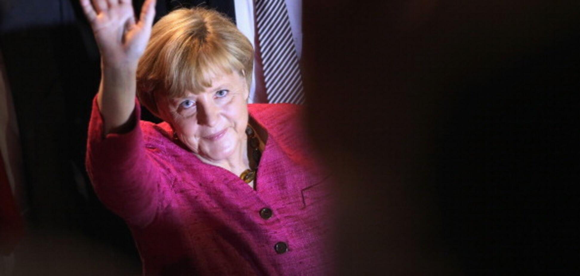 У Меркель підготували жорстке рішення щодо мігрантів-антисемітів