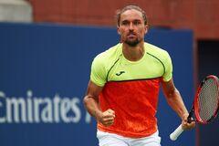 Найкращий тенісист України в неймовірних умовах вирвав важку перемогу на турнірі в Австралії