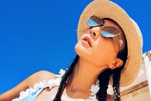 В 50 лет выглядит на 20: вечно молодая китаянка призналась, как сохранить красоту