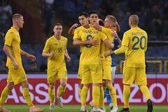 Лідера збірної України покликали в Росію: з'явилася жорстка відповідь агента