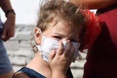 ''Неймовірний сморід, пече рот'': житель Армянська поділився страшними подробицями екокатастрофи