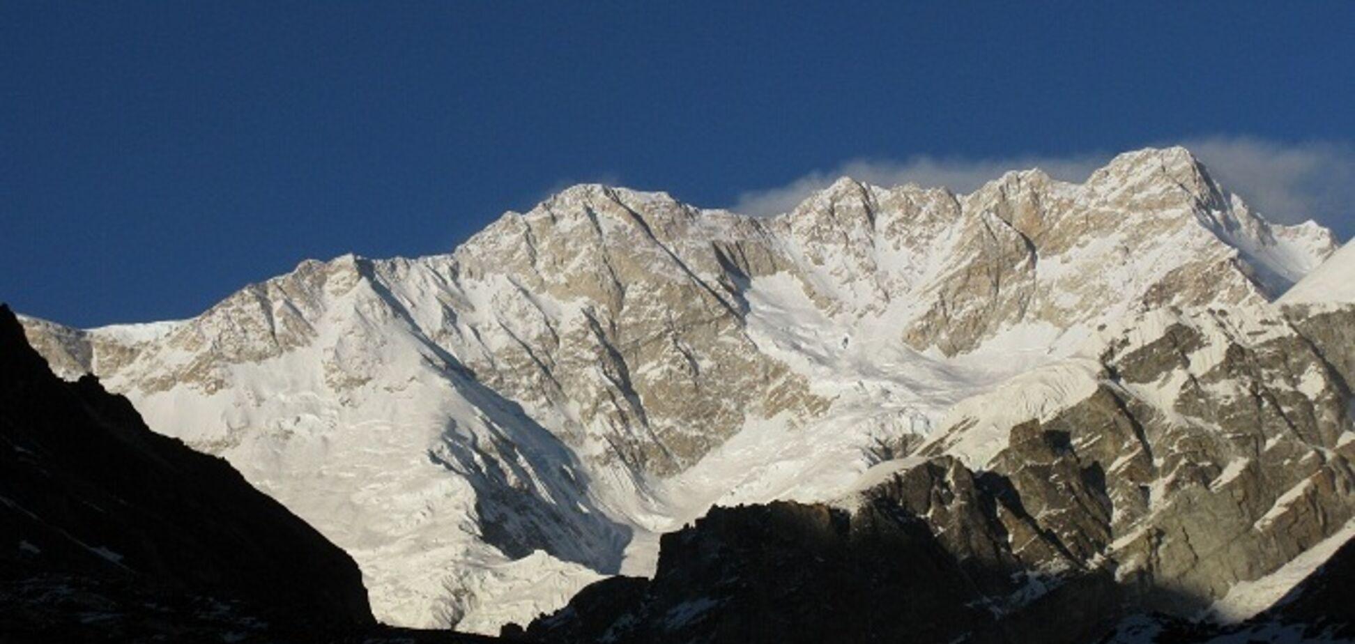 У Непалі під час шторму на горі загинули 8 альпіністів