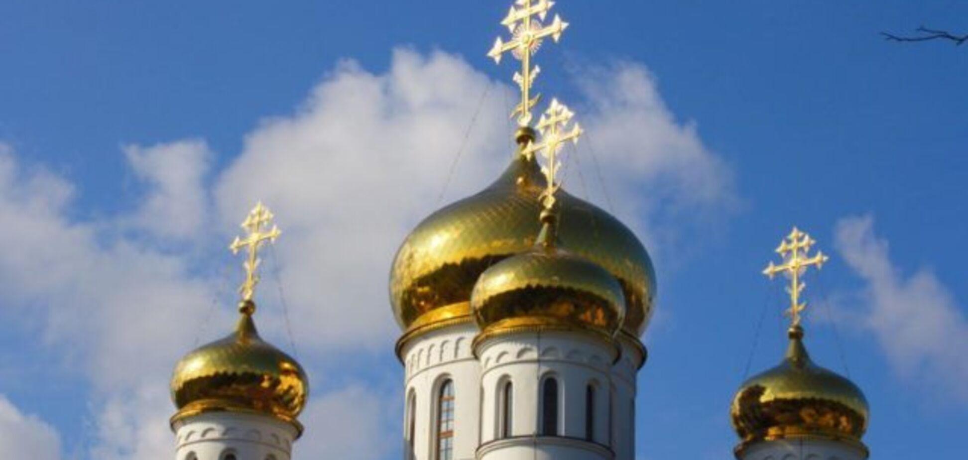 Правда  торжествует: московскому батюшке придется перейти в Украинскую церковь