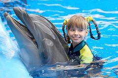 О детской дельфинотерапии