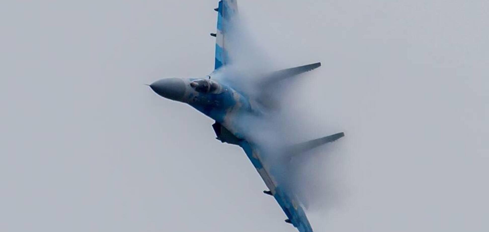 Падіння Су-27 під Житомиром: з'явилися фото з місця смертельної трагедії