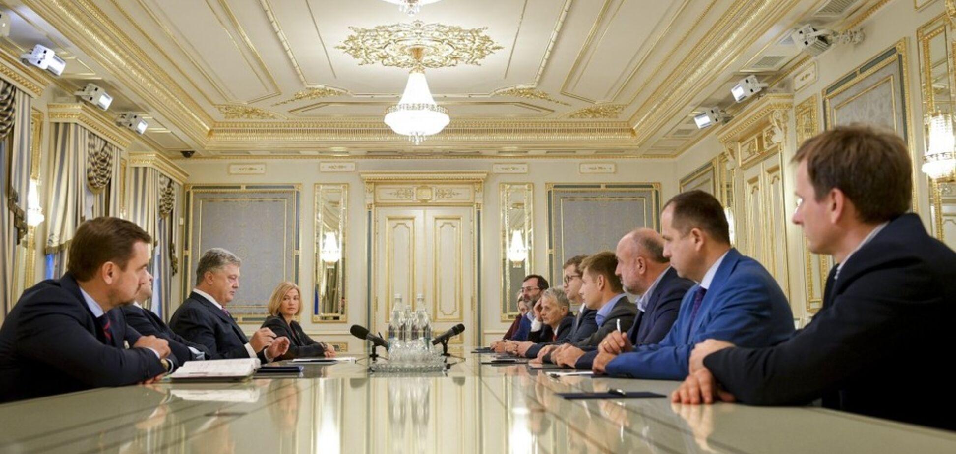 Масове вбивство у Керчі: з'явилася реакція Порошенка