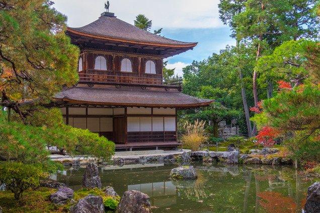 """""""Серебряный павильон"""": блогерша рассказала о чудесном храме в Азии"""