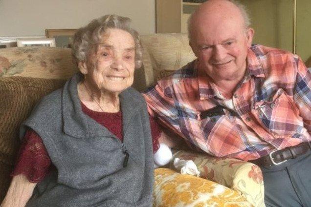 100-летняя женщина выходит замуж: фото и видео