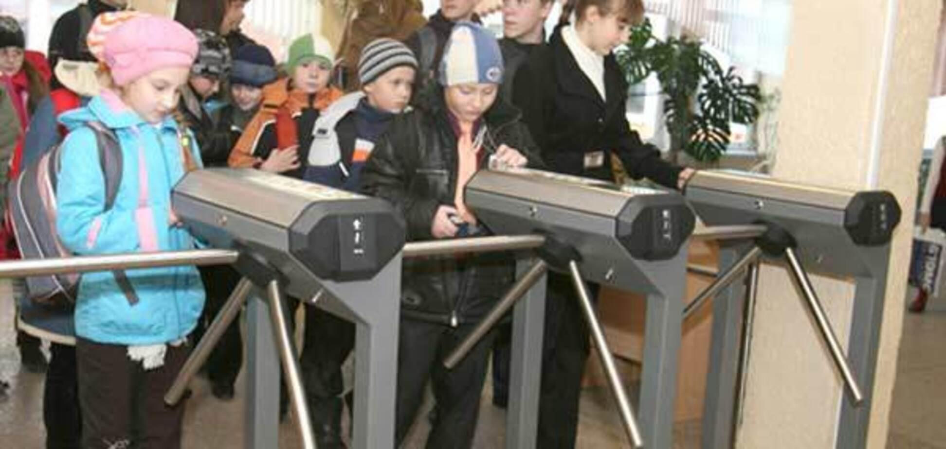 Чтобы Керчь не повторилась: как в Украине охраняют школы