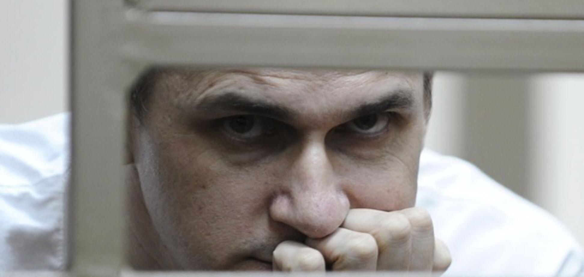 ''Империи не вечны, тирана уронят!'' Сенцов получил мощное послание