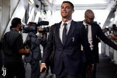 Футболиста 'Ювентуса' выгнали из-за Роналду