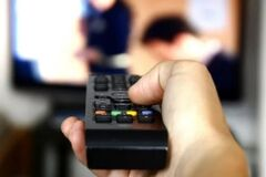 В Україні відключили телеканали Newsone і ''Наш'': у Росії влаштували скандал