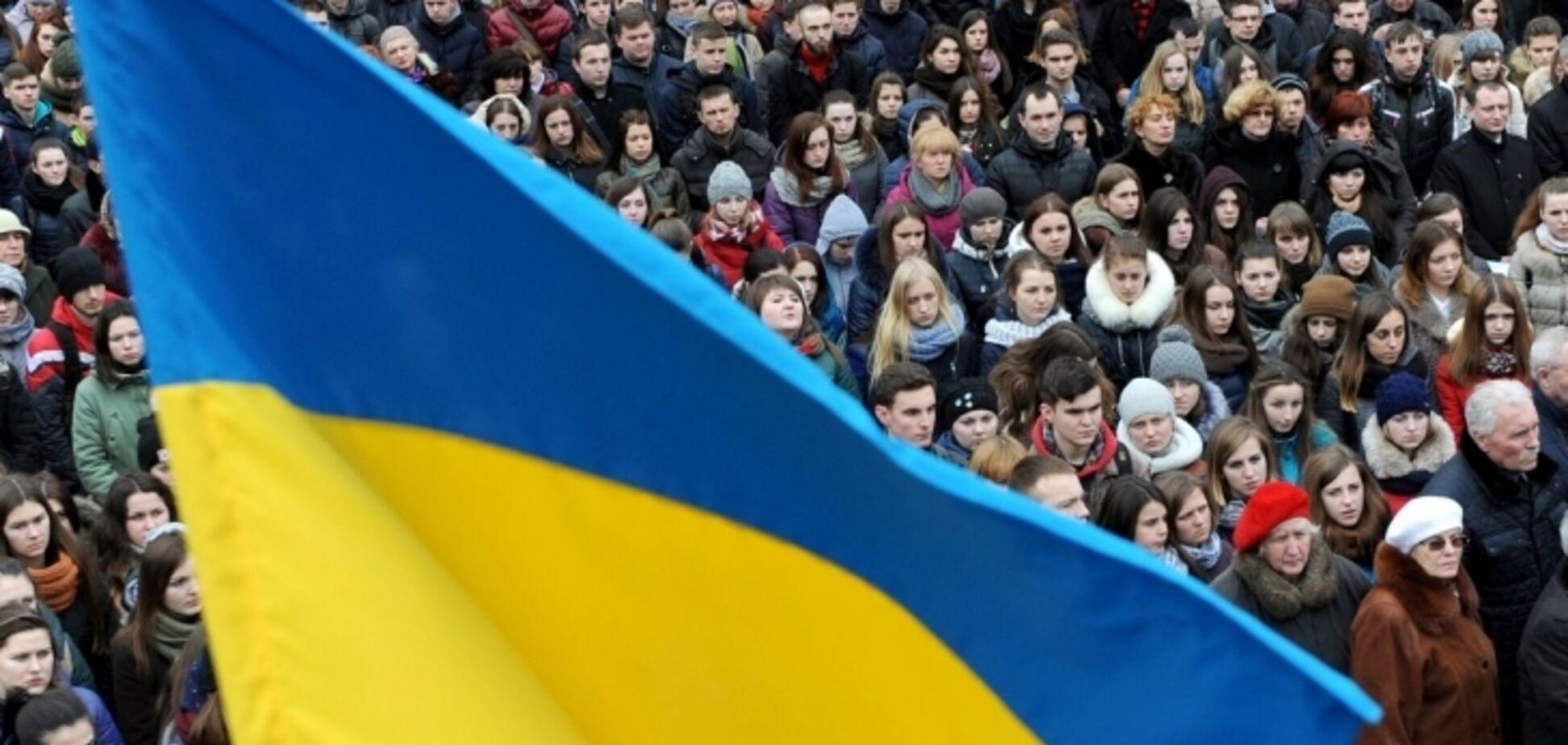 Население Украины продолжает сокращаться: опубликованы свежие данные
