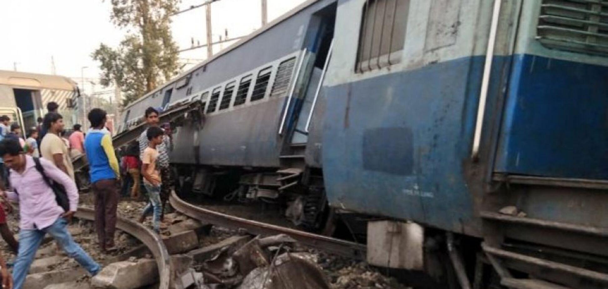 В Індії потяг влетів у натовп людей: 61 жертва і 80 поранених. Відео 18+