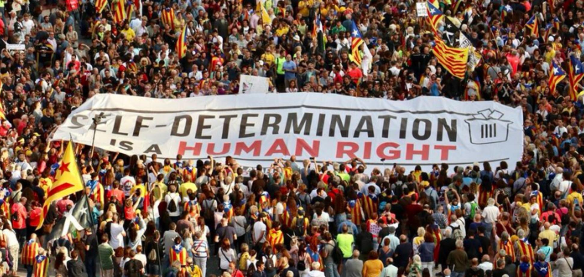 В Барселоне сепаратисты устроили массовые беспорядки: все подробности, фото и видео
