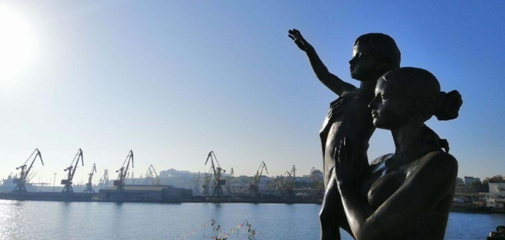 Холодное море и безлюдные улицы: как выглядит осенняя Одесса