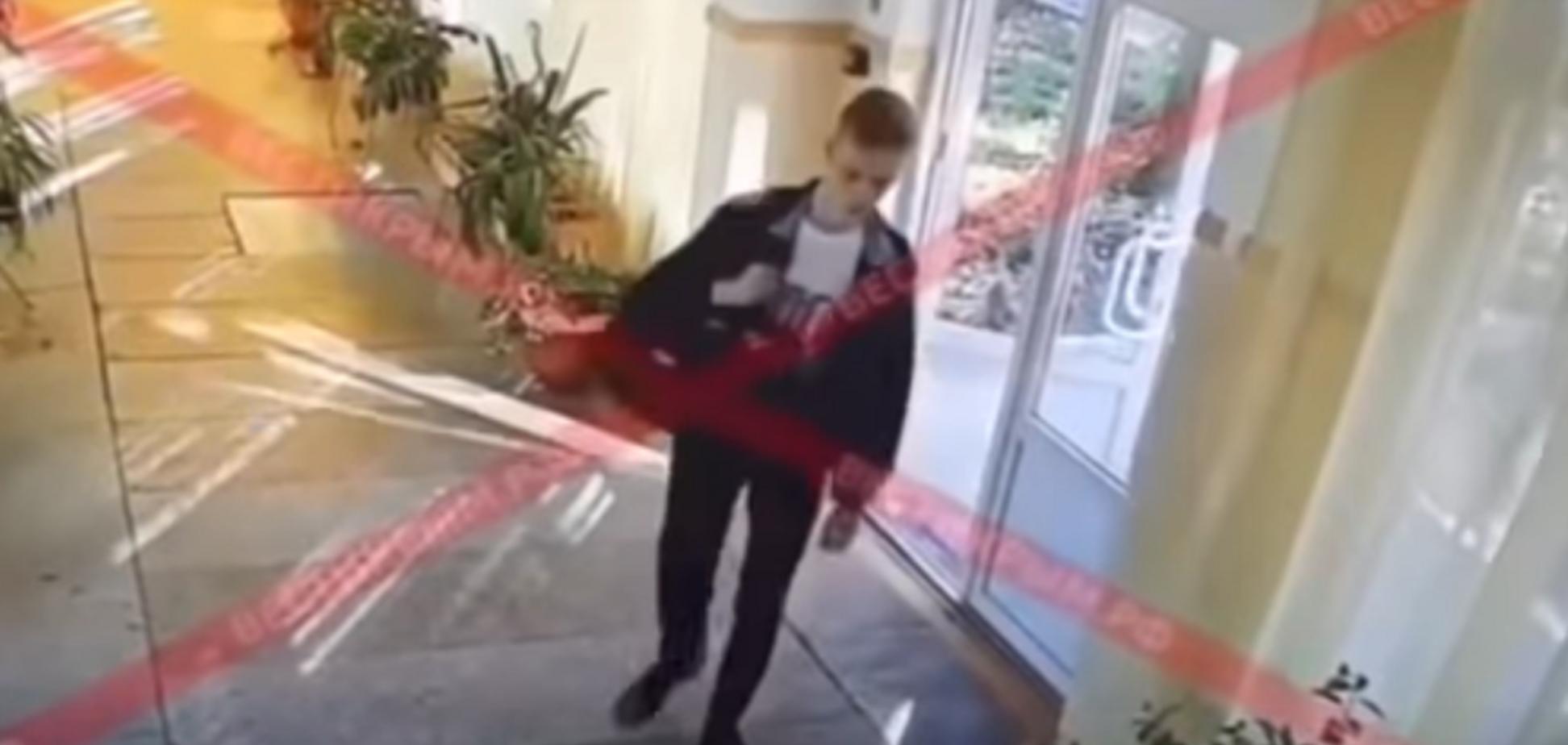 Замітають сліди? РосЗМІ видалили резонансне відео з ''керченським стрілком''